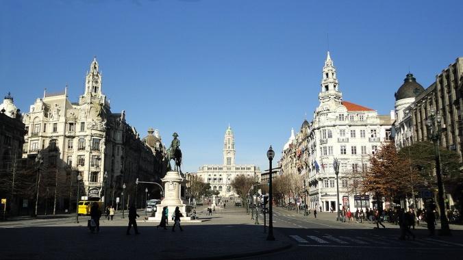 praça e avenida