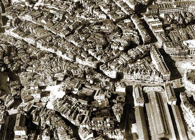 vista aérea do porto dos anos trinta do século xx, anterior ás grandes destruições @ foto beleza